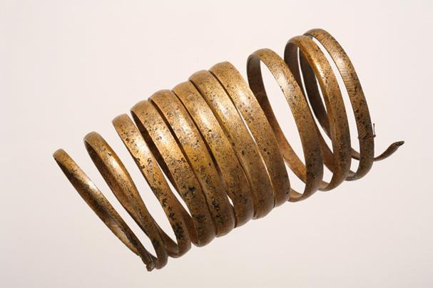 Bransoleta z brązu pochodząca z Brańska. fot. P. Męcik - zbioru Muzeum Podlaskiego w Białymstoku